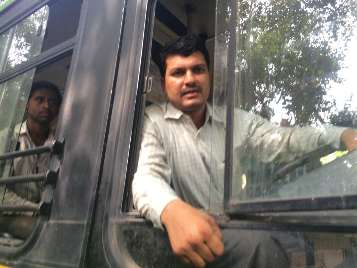 Whatsapping the Delhi Traffic Police