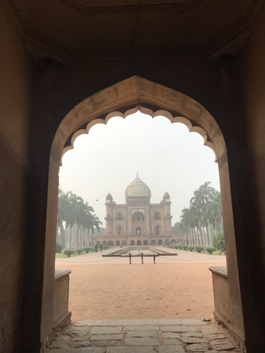 Heart-breaking neglect of Delhi's Safdarjung's Tomb